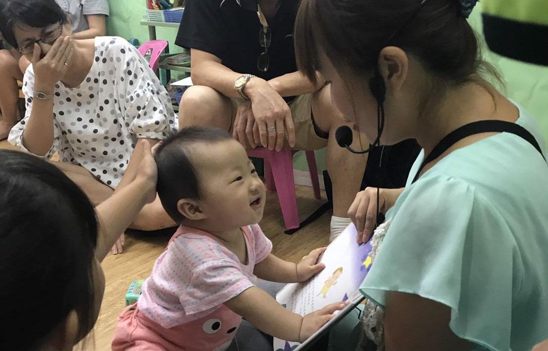 陪玩姊姊-媽媽專訪實例參考-嬰兒游泳-嬰兒手語-療心卡-小布老師