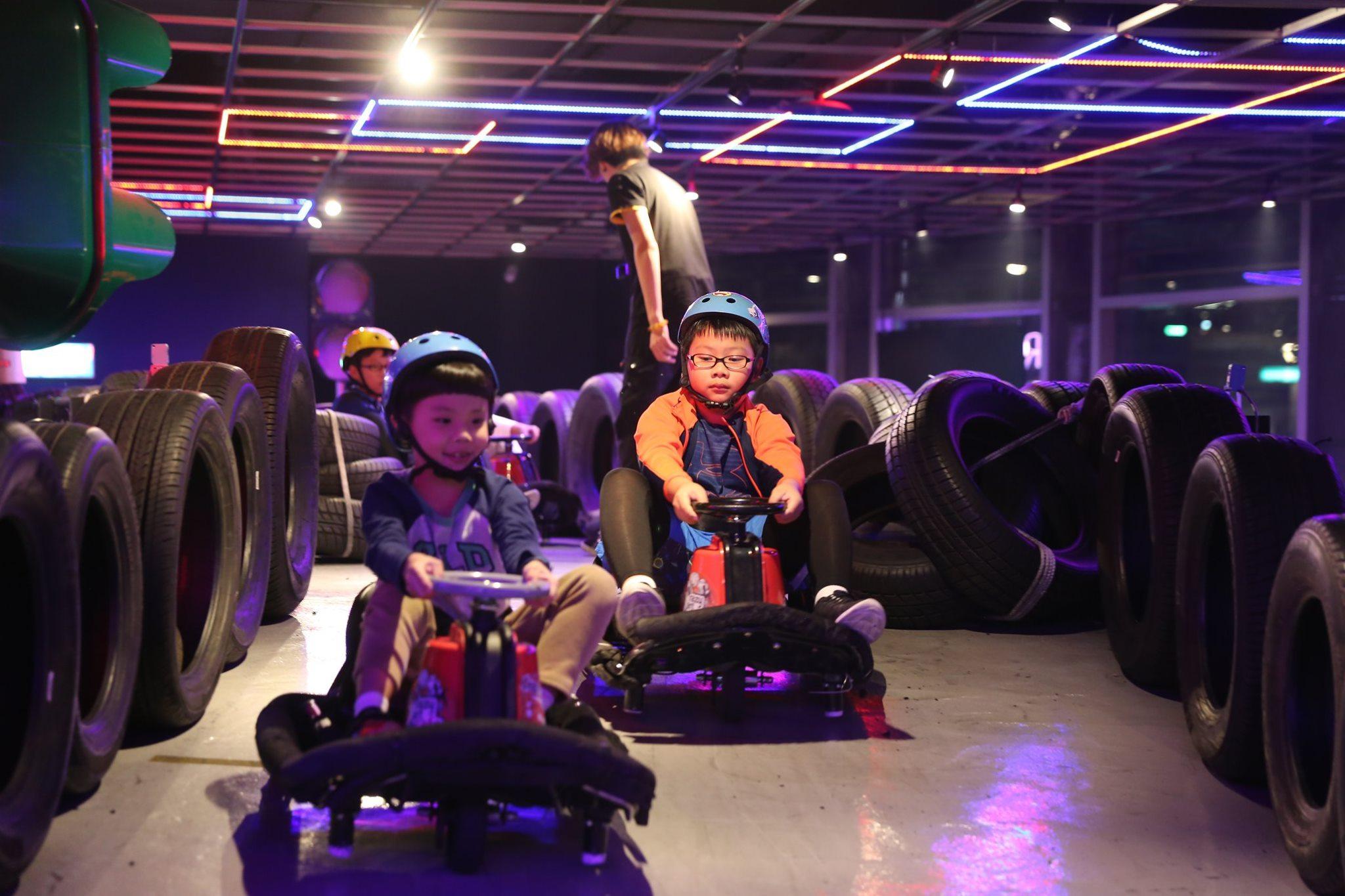 Crazy Cart Cafe by TDS 卡丁車甩尾主題餐廳-台北親子餐廳