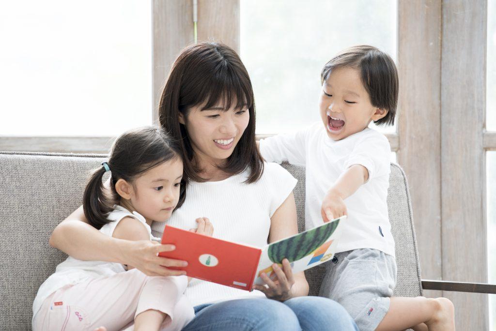 1-3歲親子共讀教戰手冊:太好動怎麼辦?善用「五指閱讀法」!